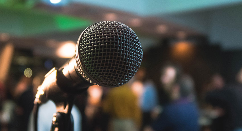 Startup Founder Blog | Becoming a Confident Presenter